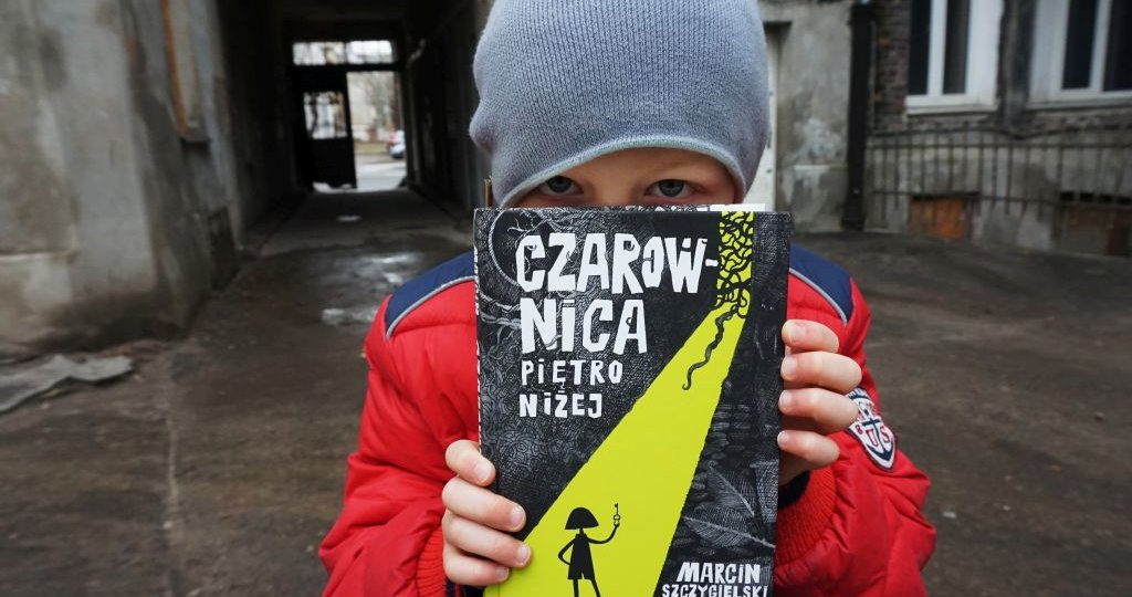 """""""Czarownica piętro niżej"""" Marcin Szczygielski"""