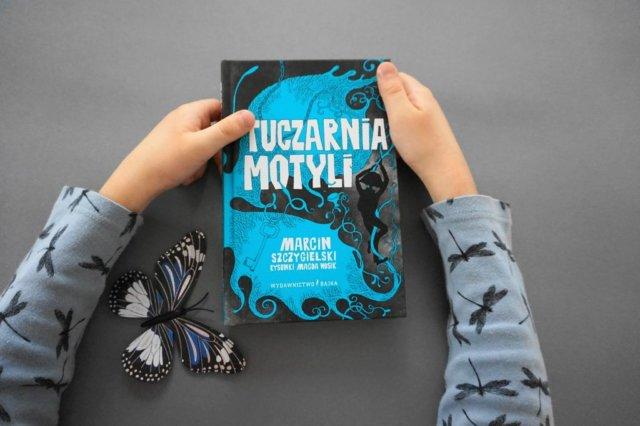 """""""Tuczarnia motyli"""" Marcin Szczygielski"""