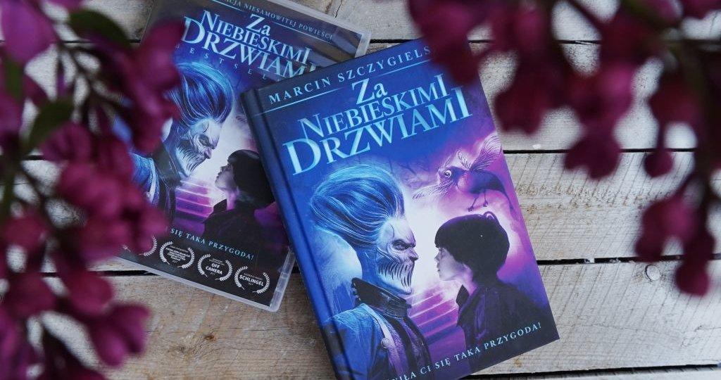 Za niebieskimi drzwiami - Marcin Szczygielski