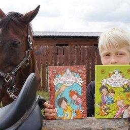 Szkoła magicznych zwierząt - Tajemnica szkolnego podwórka - 2 tom serii