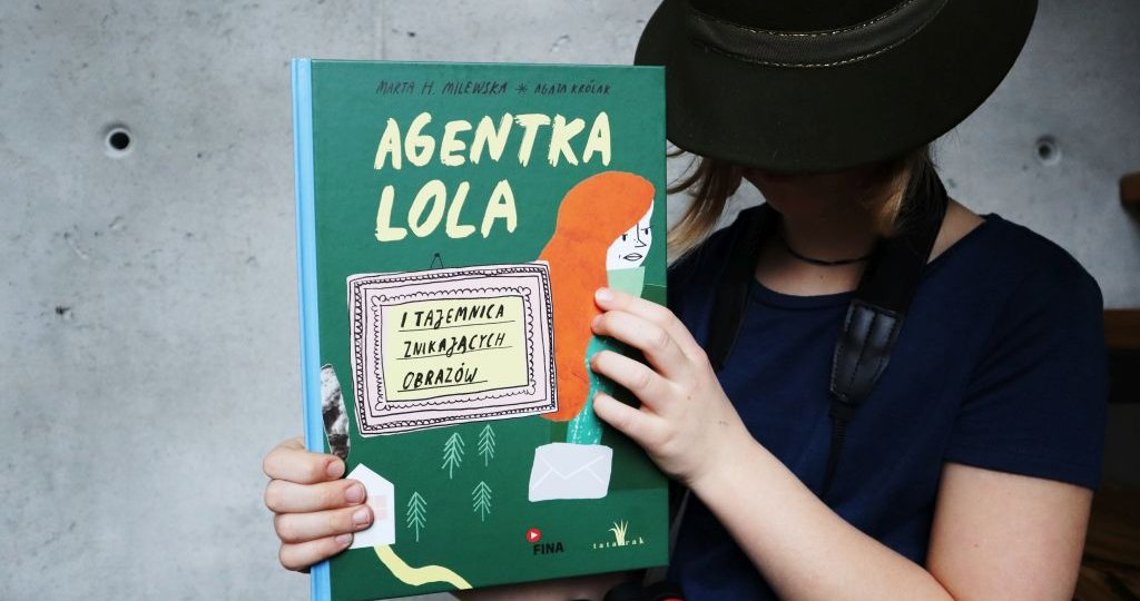 Agentka Lola i tajemnica znikających obrazów - książka i audiobook