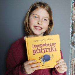 Logopedyczne prztyczki ćwiczą język i policzki!